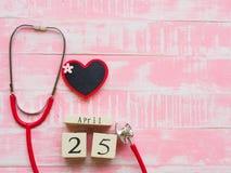Στις 25 Απριλίου ημέρας παγκόσμιας ΕΛΟΝΟΣΙΑΣ, υγειονομική περίθαλψη και ιατρική έννοια stet στοκ φωτογραφίες με δικαίωμα ελεύθερης χρήσης