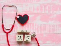 Στις 25 Απριλίου ημέρας παγκόσμιας ΕΛΟΝΟΣΙΑΣ, υγειονομική περίθαλψη και ιατρική έννοια stet στοκ εικόνα με δικαίωμα ελεύθερης χρήσης