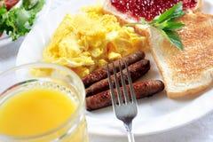 στις αρχές πρωινού γεύματ&omicr Στοκ Φωτογραφίες