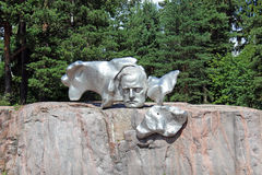 στις 9 Ιουλίου του ΕΛΣΙΝΚΙ, ΦΙΝΛΑΝΔΙΑ †«: Μνημείο Sibelius συνθετών τον Ιούλιο Στοκ εικόνα με δικαίωμα ελεύθερης χρήσης