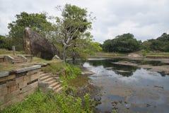 Στις καταστροφές του μοναστηριού Rajagiri Kanda Mihintale, Σρι Λάνκα στοκ φωτογραφία με δικαίωμα ελεύθερης χρήσης