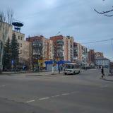 Στις οδούς Sloviansk μέχρι το νεφελώδες βράδυ Μαρτίου στοκ εικόνες με δικαίωμα ελεύθερης χρήσης