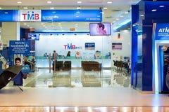ΣΤΙΣ 16 ΔΕΚΕΜΒΡΊΟΥ ΤΗΣ ΜΠΑΝΓΚΟΚ, ΤΑΪΛΑΝΔΗ: Τράπεζα TMB στη λεωφόρο Bangkhae con Στοκ εικόνα με δικαίωμα ελεύθερης χρήσης
