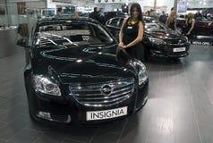 Διακριτικά Cosmo Opel αυτοκινήτων 2.0 DTH AT6 Στοκ Εικόνα