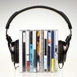 στοίβα ακουστικών των CD Στοκ φωτογραφίες με δικαίωμα ελεύθερης χρήσης