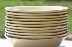 στοίβα πιάτων στοκ εικόνες