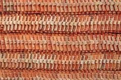 Στοίβες των κεραμιδιών στεγών Στοκ Εικόνες