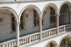 Στοιχεία εξωτερικά του προαυλίου arcade του κάστρου Wawel Στοκ εικόνες με δικαίωμα ελεύθερης χρήσης