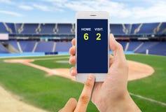 Στοιχημάτιση στο παιχνίδι μπέιζ-μπώλ Στοκ Φωτογραφίες