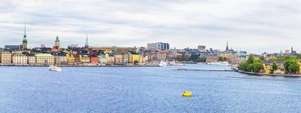 Στοκχόλμη, εικονική παράσταση πόλης από το λιμένα Στοκ φωτογραφία με δικαίωμα ελεύθερης χρήσης