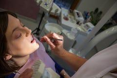 Στον οδοντίατρο Στοκ Φωτογραφία