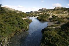 Στον ποταμό στην Παταγωνία στοκ φωτογραφία με δικαίωμα ελεύθερης χρήσης