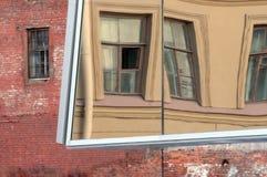 στον τοίχο Στοκ φωτογραφία με δικαίωμα ελεύθερης χρήσης