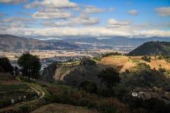 Στον τρόπο πίσω από Cerro Quemado, Quetzaltenango, Altiplano, Γουατεμάλα στοκ φωτογραφίες με δικαίωμα ελεύθερης χρήσης
