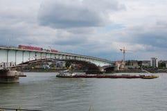 Στους ώμους του ποταμού Στοκ Εικόνα