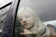 Στοχαστική νέα γυναίκα Στοκ Φωτογραφίες