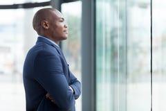 Στοχαστικός αφρικανικός επιχειρηματίας Στοκ Εικόνα
