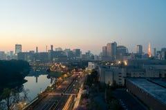 Στο κέντρο της πόλης ορίζοντας και ουρανοξύστες πόλεων στο πνεύμα περιοχής Marunouchi Στοκ φωτογραφίες με δικαίωμα ελεύθερης χρήσης