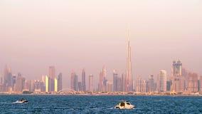 Στο κέντρο της πόλης ορίζοντας του Ντουμπάι απόθεμα βίντεο
