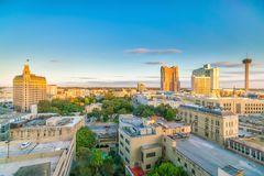 Στο κέντρο της πόλης ορίζοντας του San Antonio Στοκ εικόνα με δικαίωμα ελεύθερης χρήσης