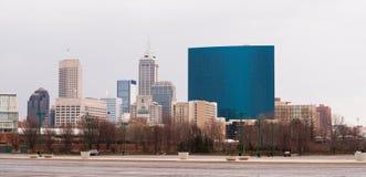 Στο κέντρο της πόλης αστικός ορίζοντας Midwest ΗΠΑ πόλεων της Ινδιανάπολης Indianna στοκ εικόνες με δικαίωμα ελεύθερης χρήσης