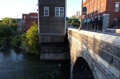 Στο κέντρο της πόλης γέφυρα Stoen Στοκ Εικόνες