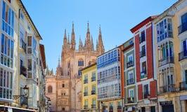 Στο κέντρο της πόλης ζωηρόχρωμες προσόψεις του Burgos στην Καστίλλη Ισπανία στοκ φωτογραφίες