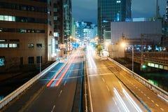 Στο κέντρο της πόλης Οζάκα τη νύχτα στοκ εικόνα