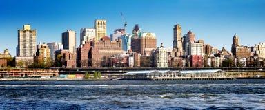 Στο κέντρο της πόλης πόλη της Νέας Υόρκης οριζόντων του Μπρούκλιν Στοκ φωτογραφία με δικαίωμα ελεύθερης χρήσης