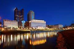 Στο κέντρο της πόλης Columbus, Οχάιο στην αυγή Στοκ εικόνα με δικαίωμα ελεύθερης χρήσης