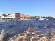 Στο κέντρο της πόλης Wilmington από τον ποταμό Στοκ Εικόνα