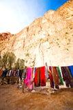 στο κατάστημα μαντίλι του Μαρόκου φαραγγιών todra Στοκ εικόνες με δικαίωμα ελεύθερης χρήσης