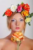 Στο στούντιο με τα λουλούδια Στοκ εικόνες με δικαίωμα ελεύθερης χρήσης