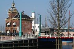 Στο λιμάνι του citty Harlingen Στοκ φωτογραφία με δικαίωμα ελεύθερης χρήσης