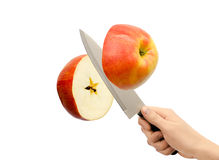 Στο μήλο μαχαιριών Στοκ εικόνα με δικαίωμα ελεύθερης χρήσης