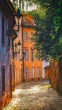Στο νέο κόσμο στην Πράγα στοκ εικόνες