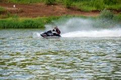 Στο νερό με υψηλή ταχύτητα Στοκ εικόνα με δικαίωμα ελεύθερης χρήσης