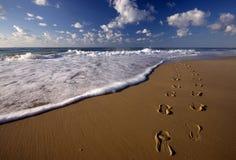 στο περπάτημα του ύδατος στοκ φωτογραφία με δικαίωμα ελεύθερης χρήσης