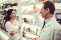 Στο φαρμακείο στοκ εικόνες