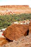 στο χωριό του Μαρόκου φαραγγιών todra Στοκ φωτογραφίες με δικαίωμα ελεύθερης χρήσης