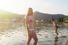 Στο aquapark Στοκ φωτογραφίες με δικαίωμα ελεύθερης χρήσης