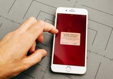Στο iPhone 7 συν τα προγράμματα εφαρμογών Στοκ Φωτογραφία