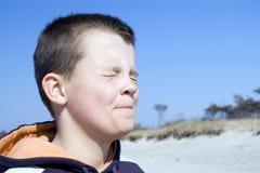 στραβισμός ματιών αγοριών Στοκ φωτογραφίες με δικαίωμα ελεύθερης χρήσης