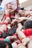 Στρατηγική ομαδικής εργασίας υποστήριξης Ομάδα χεριών που ενώνονται και ωθώντας επάνω Στοκ Φωτογραφία