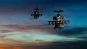 Στρατιωτικά πολεμικά σκάφη που πετούν με το δραματικό ουρανό Στοκ Φωτογραφία