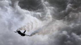 Στρατιωτική αεριωθούμενη πυρκαγιά των φλογών Στοκ εικόνες με δικαίωμα ελεύθερης χρήσης