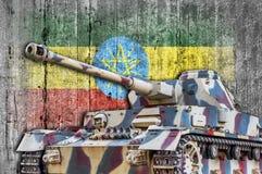 Στρατιωτική δεξαμενή με τη συγκεκριμένη σημαία της Αιθιοπίας Στοκ Φωτογραφίες