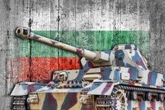 Στρατιωτική δεξαμενή με τη συγκεκριμένη σημαία της Βουλγαρίας Στοκ Εικόνα