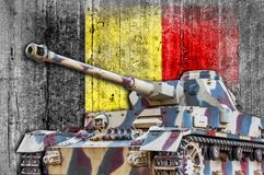 Στρατιωτική δεξαμενή με τη συγκεκριμένη σημαία του Βελγίου Στοκ φωτογραφία με δικαίωμα ελεύθερης χρήσης