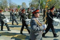 Στρατιωτική ορχήστρα μαθητών στρατιωτικής σχολής στην παρέλαση ημέρας νίκης Στοκ φωτογραφίες με δικαίωμα ελεύθερης χρήσης